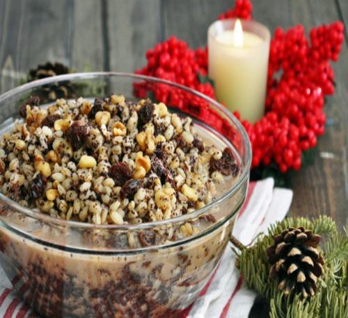 Блюда на Сочельник: кутья из риса с изюмом