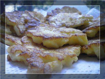 Яблучно-грушеві млинці