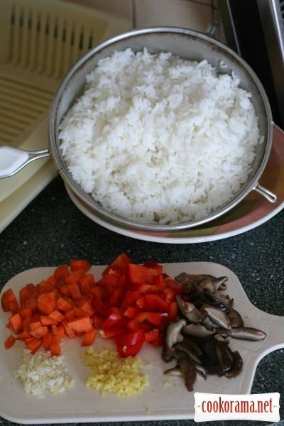 Імбирна риба зі смаженим рисом