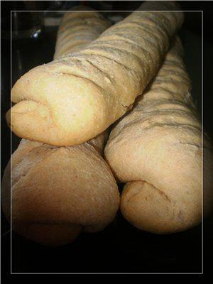 Кукурузные багеты с чесноком и зеленью